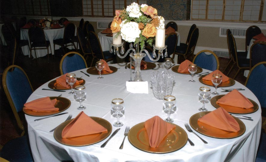 Table Setup : Glenwood Party Rental, The One In Party Rental